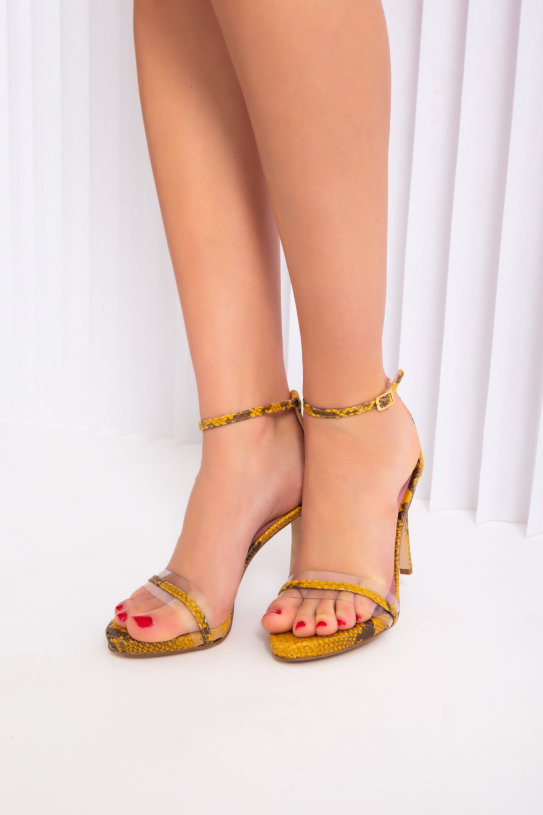 sandals Paola