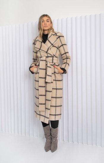 coat Iris